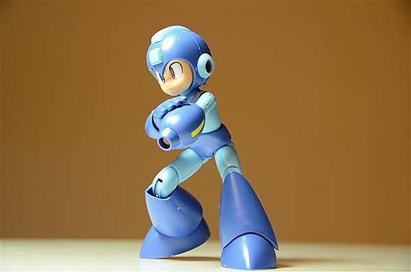 023_壽屋洛克人模型.JPG