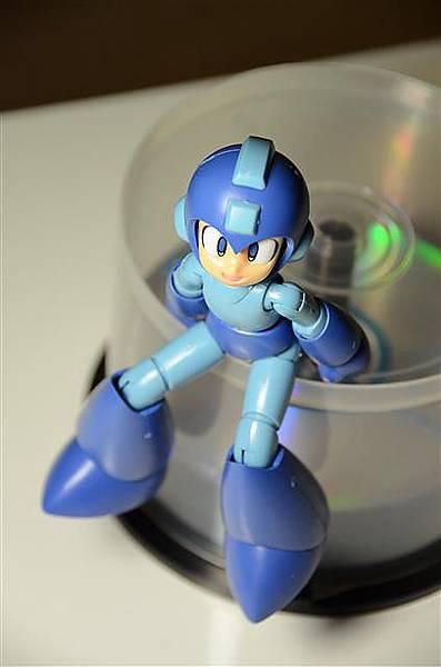 037_壽屋洛克人模型.JPG