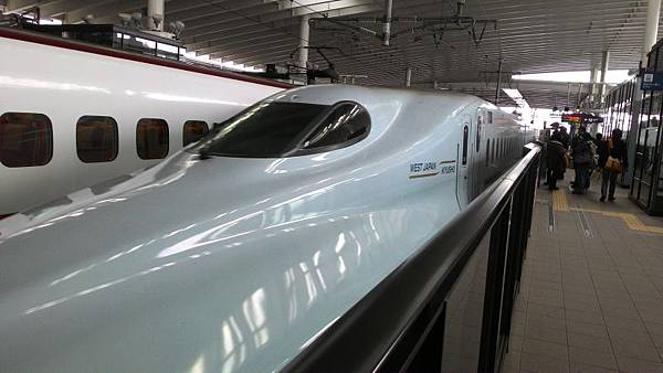 M28_九州新幹線.jpg