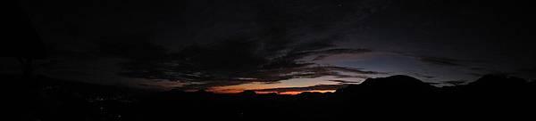 六十石山清晨1.jpg