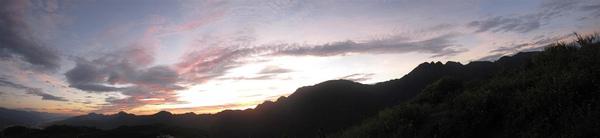 六十石山清晨4.jpg