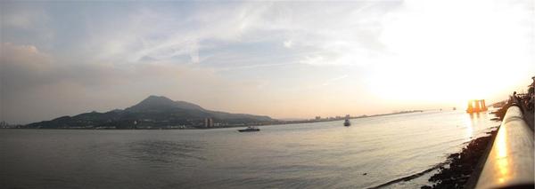 金色海岸.jpg