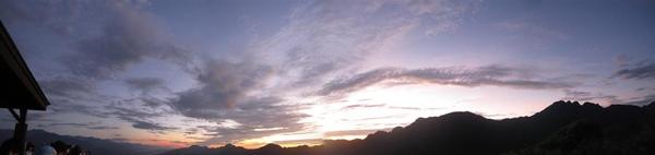 六十石山清晨3.jpg