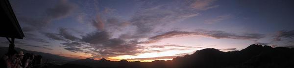 六十石山清晨2.jpg