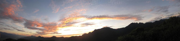 六十石山清晨5.jpg