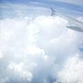 可是每次剛好坐在機翼旁