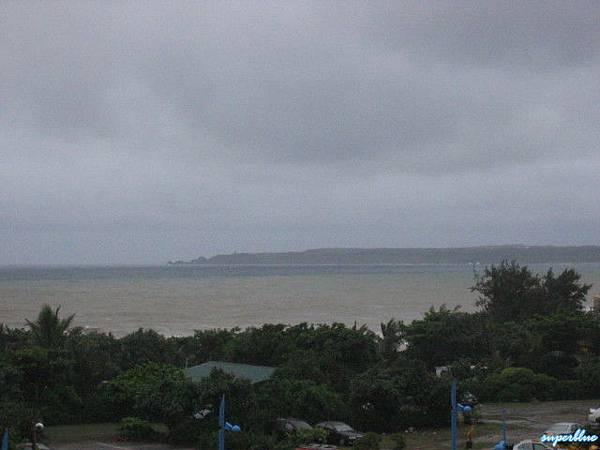 有海,也有雨