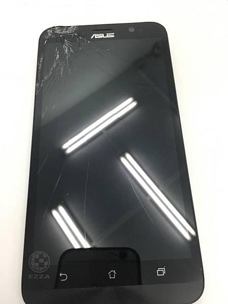 zenfone2面板破裂