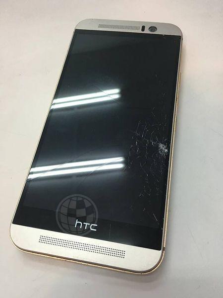 HTC M9蜘蛛網面板
