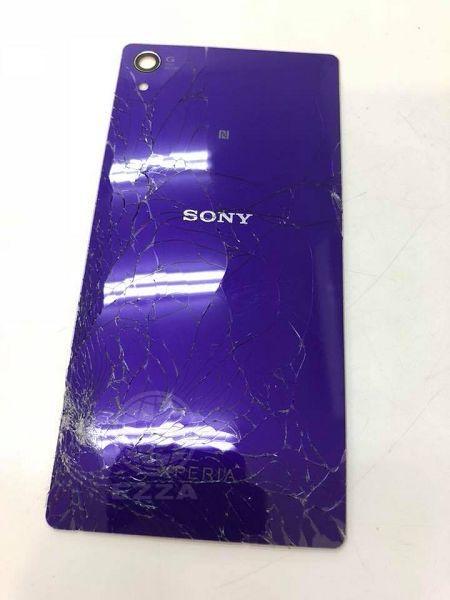 Sony Z2背蓋破裂