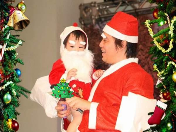 翔翔 愛老公公抱抱的聖誕小公公