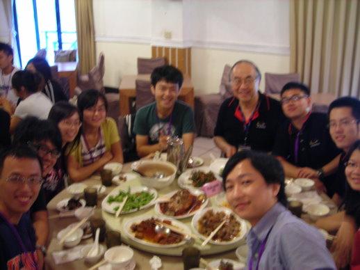 跟劉教授吃飯
