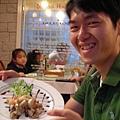 人和菜一樣好笑!