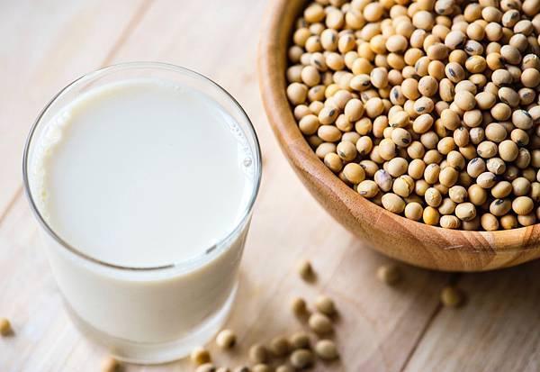<SuperFIT營養知識庫>減肥喝豆漿會讓男性有性功能障礙?