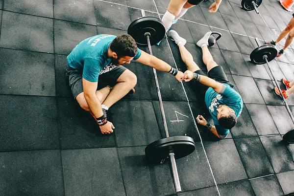 <SuperFIT居家健身菜單>用CrossFit挑戰你的身體極限
