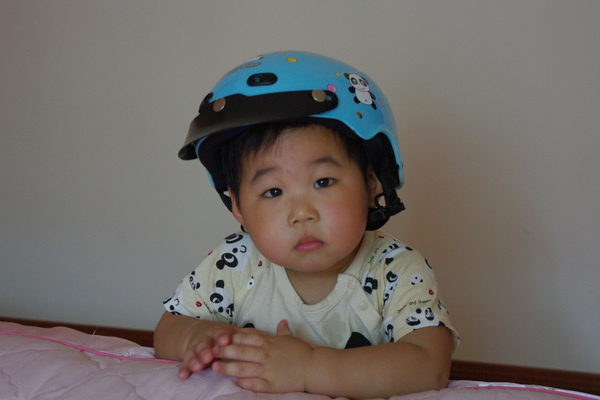 新的安全帽