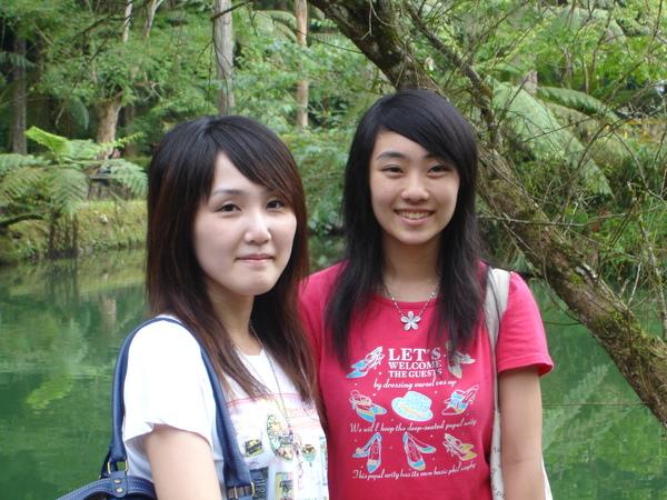 本LAB新生姐妹花2,右邊那位變高了