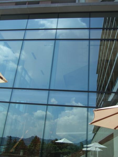 天空與餐廳同時入鏡!