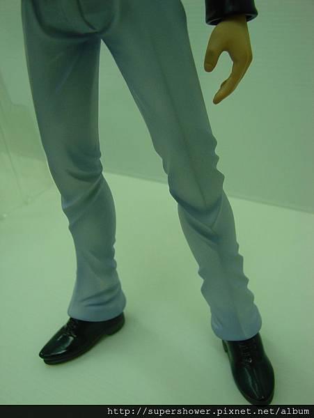 西裝褲皺褶