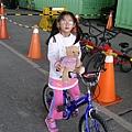 小可愛騎腳踏車