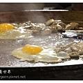 《台南》石精臼蚵仔煎、香菇飯湯 (14).JPG