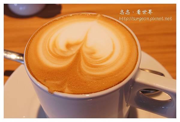 《台南》ORO咖啡-凱旋店 (25).JPG