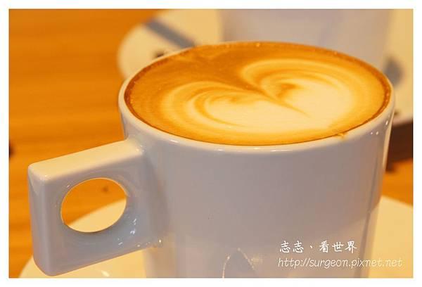 《台南》ORO咖啡-凱旋店 (29).JPG