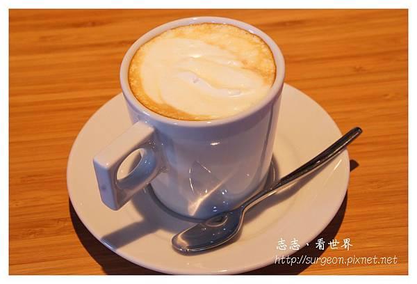《台南》ORO咖啡-凱旋店 (31).JPG