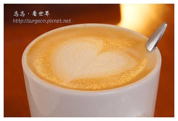 《台南》Little Bear Tea Party & Shopping 輕食 (40).JPG