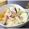 《台南》漢堡跳舞 漢堡 排餐 早餐 調酒 (10)