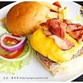 《台南》漢堡跳舞 漢堡 排餐 早餐 調酒 (15)