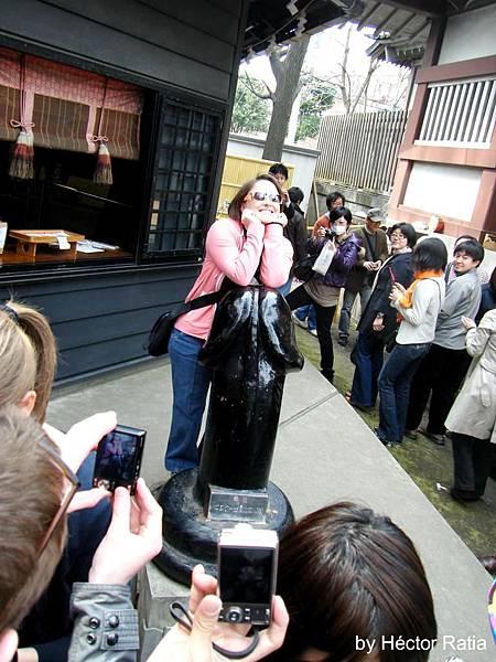 金山神社-04kanamara 086 © Héctor Ratia