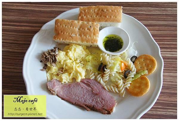 《台南》Mojo cafe 早午餐 咖啡 (20)
