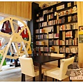 《台南》137 bookstore咖啡館 早午餐 咖啡 (1)