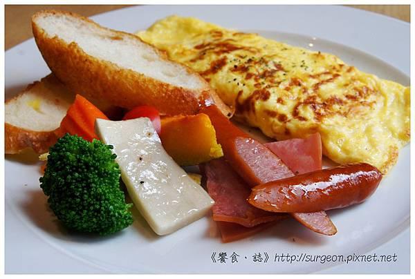 《台南》愛堤卡莎 早午餐 蜜糖吐司 排餐 燉飯 (14)