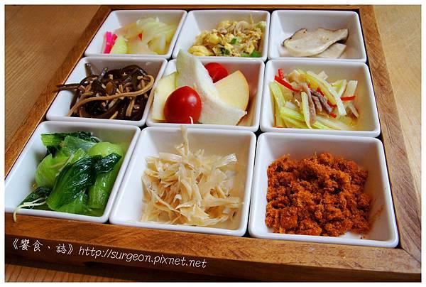 《台南》愛堤卡莎 早午餐 蜜糖吐司 排餐 燉飯 (17)