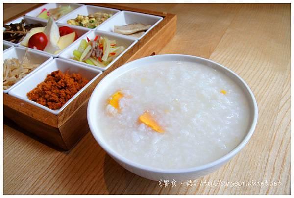 《台南》愛堤卡莎 早午餐 蜜糖吐司 排餐 燉飯 (18)