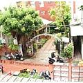 《台南》塗鴉空間 書店 早午餐 咖啡 甜點 (3)