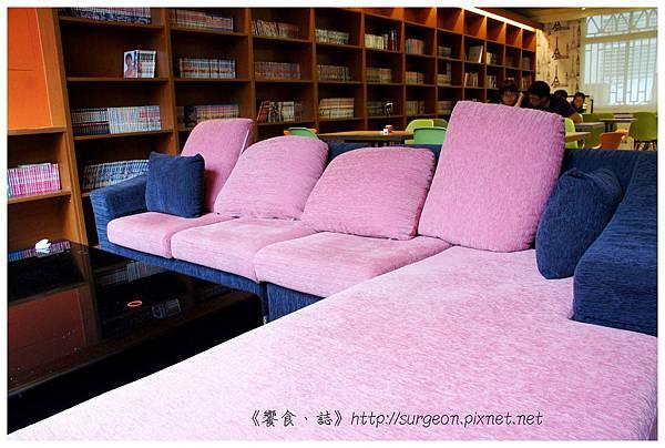《台南》塗鴉空間 書店 早午餐 咖啡 甜點 (17)