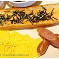 《台南》塗鴉空間 書店 早午餐 咖啡 甜點 (27)