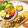 《台南》塗鴉空間 書店 早午餐 咖啡 甜點 (28)