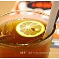 《台南》塗鴉空間 書店 早午餐 咖啡 甜點 (35)