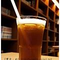 《台南》塗鴉空間 書店 早午餐 咖啡 甜點 (36)