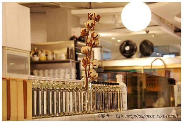 《台南》CHADOR 早餐 咖啡 蜜糖吐司 (8)