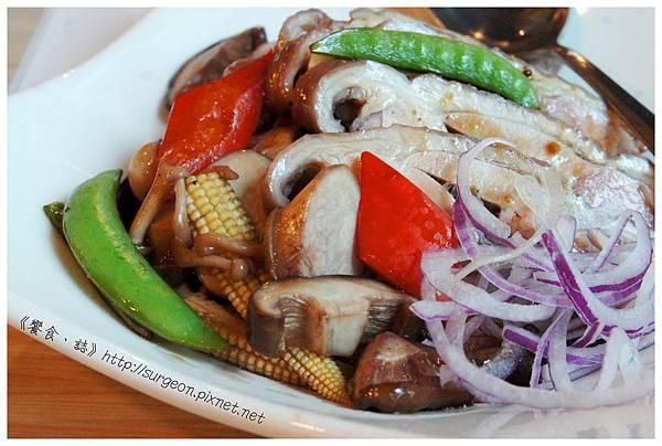 《台南》和洋響宴 蓋飯 火鍋 鮪魚料理  (6)