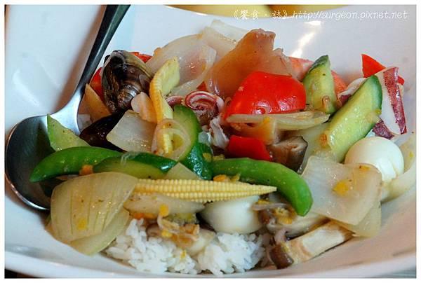 《台南》和洋響宴 蓋飯 火鍋 鮪魚料理  (8)