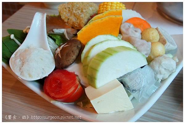 《台南》和洋響宴 蓋飯 火鍋 鮪魚料理  (9)