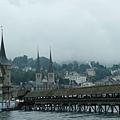 瑞士--盧森  卡貝爾木橋(Kapellbruecke).JPG