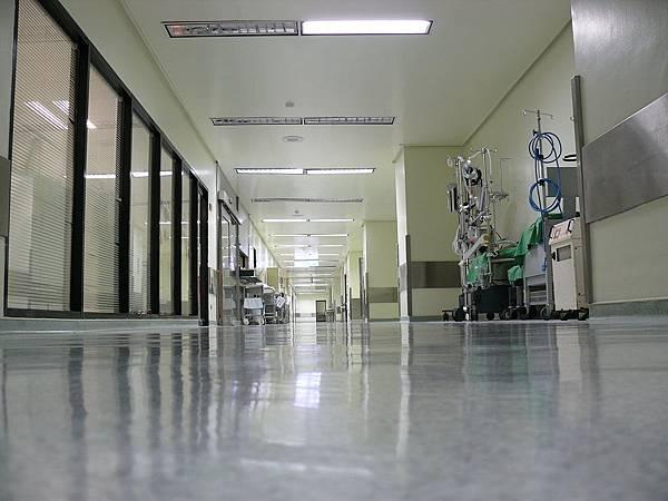手術室長廊.jpg