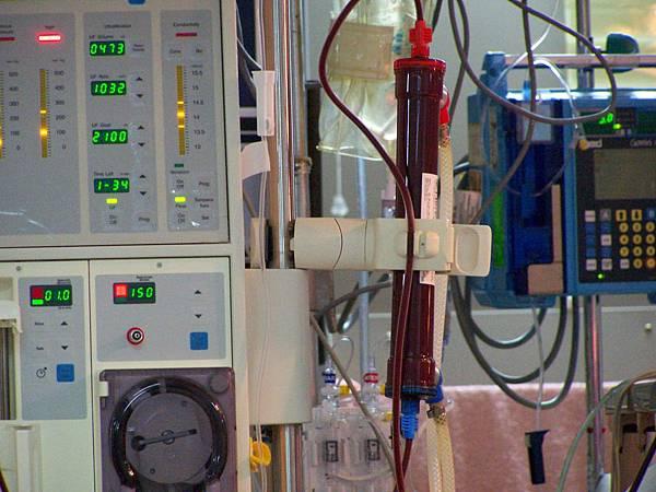 血液透析.jpg